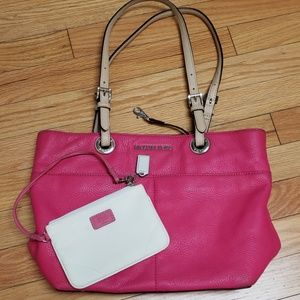 Aunthentic Michael Kors Coach Bag bundle!